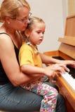 Jeu de piano photographie stock libre de droits