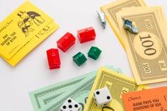 Jeu de société de monopole dans le jeu Photo stock
