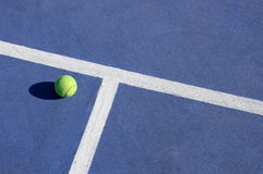 Jeu de tennis Photos libres de droits