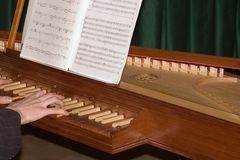 Jeu du clavecin Photo stock