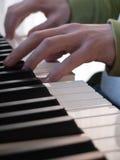 Jeu du piano images libres de droits