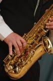 Jeu du saxophone Photographie stock libre de droits