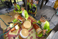 Jeu traditionnel malais de musique Photos stock