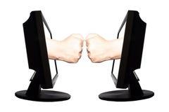 Jeu virtuel par forme de main d'Internet de la pierre de papier de ciseaux sur le fond blanc - concept 2 d'affaires d'Internet Photos stock