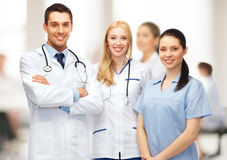 Jeune équipe ou groupe de médecins Image stock