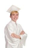 Jeune étudiant masculin reçu un diplôme du lycée Photo stock
