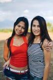 Jeune amitié asiatique heureuse de personnes Image libre de droits