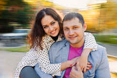 Jeune automne de couples Images libres de droits