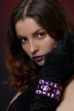 Jeune beau femme avec le bijou Images libres de droits