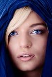 Jeune beau femme blond caucasien photographie stock libre de droits
