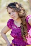 Jeune beau portrait de femme extérieur image stock