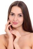 Jeune beau portrait de visage de femme de brune avec la peau saine Photographie stock