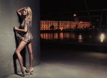 Jeune beauté blonde sexy photos libres de droits