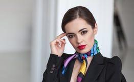 Jeune belle femme d'affaires de samrt Image libre de droits