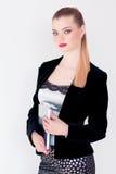Jeune belle fille dans un costume tenant le journal intime Photographie stock libre de droits