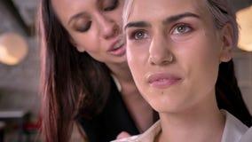 Séduisante lesbienne vidéo