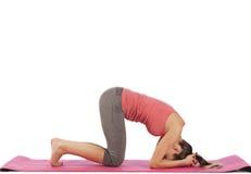 Jeune belle pose de yoga de fille Photo libre de droits