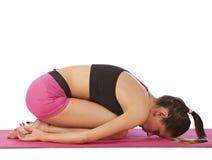 Jeune belle pose de yoga de fille Photos libres de droits