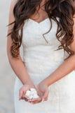 Jeune blond dans la robe de mariage Photographie stock libre de droits