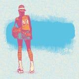 Jeune blonde sur des patins de rouleau Image stock