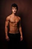 Jeune bodybuilder images libres de droits