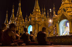 Jeune bouddhiste dans Myanmar Photos libres de droits