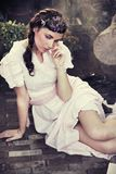 Jeune brunette mignon Photographie stock libre de droits