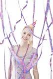 Jeune célébration blonde attrayante d'adolescent Photo stock