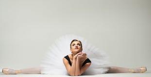 Jeune danseuse de ballerine Photo libre de droits