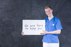 Jeune docteur heureux Photographie stock libre de droits