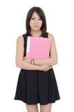 Jeune document asiatique de fichier de recopie de femme d'affaires Photographie stock libre de droits