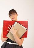 Jeune employé de bureau féminin attirant Photo stock