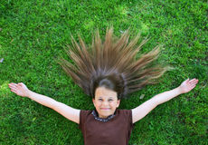 Jeune enfant heureux Photo stock