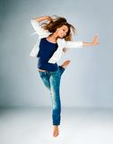 Jeune et belle pose de danseur Photos libres de droits