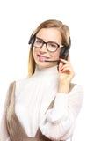 Jeune exploitant de centre serveur de sourire d'appel Photos stock
