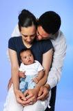 Jeune famille ensemble Images libres de droits