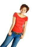 Jeune femelle asiatique dans le dessus et le je occasionnels rouges lumineux Photo libre de droits