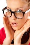 Jeune femme étonnée images stock