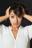 Jeune femme étonnée photos stock