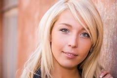 Jeune femme Photos stock