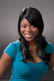 Jeune femme africaine heureuse Photographie stock