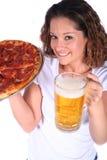 Jeune femme attirant avec la nourriture et la boisson images stock