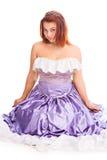 Jeune femme attirante dans la robe de boule de couleur lilas Images libres de droits