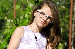 Jeune femme avec des glaces Photo libre de droits