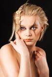 Jeune femme avec Gekko Photographie stock