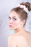 Jeune femme avec l'imagination de beauté de style de maquillage de guimauve Photographie stock libre de droits