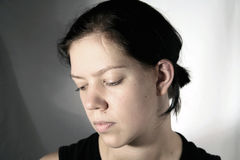 Jeune femme avec la cicatrice Photographie stock
