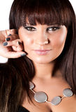 Jeune femme avec la décoration sur le cou Photographie stock libre de droits