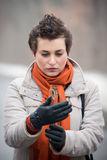 Jeune femme avec la fleur sèche images libres de droits