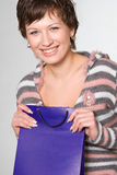 Jeune femme avec le sac à provisions Images stock